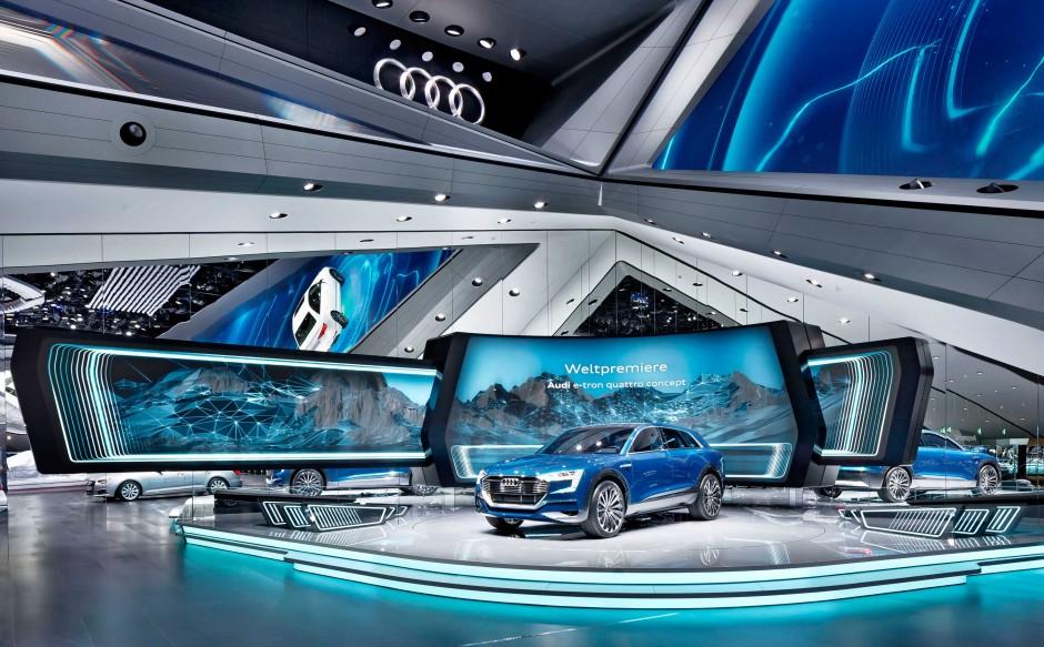 Audi IAA 2015 Messetand 006