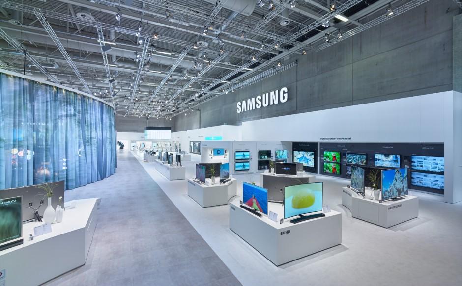 Samsung_IFA_2015_011